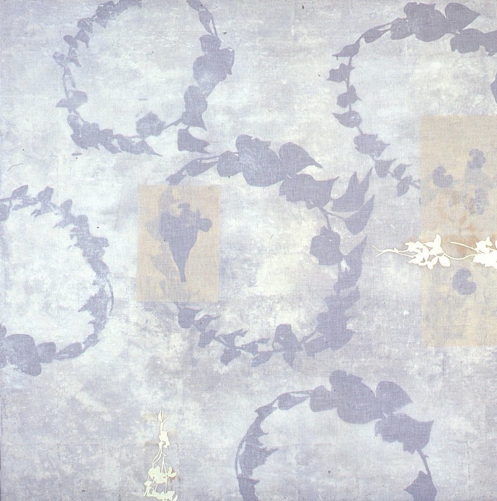 JUGANDO A LA SOMBRA  T. Mixta / Tela y papel sobre madera, 130 x 130 cms.