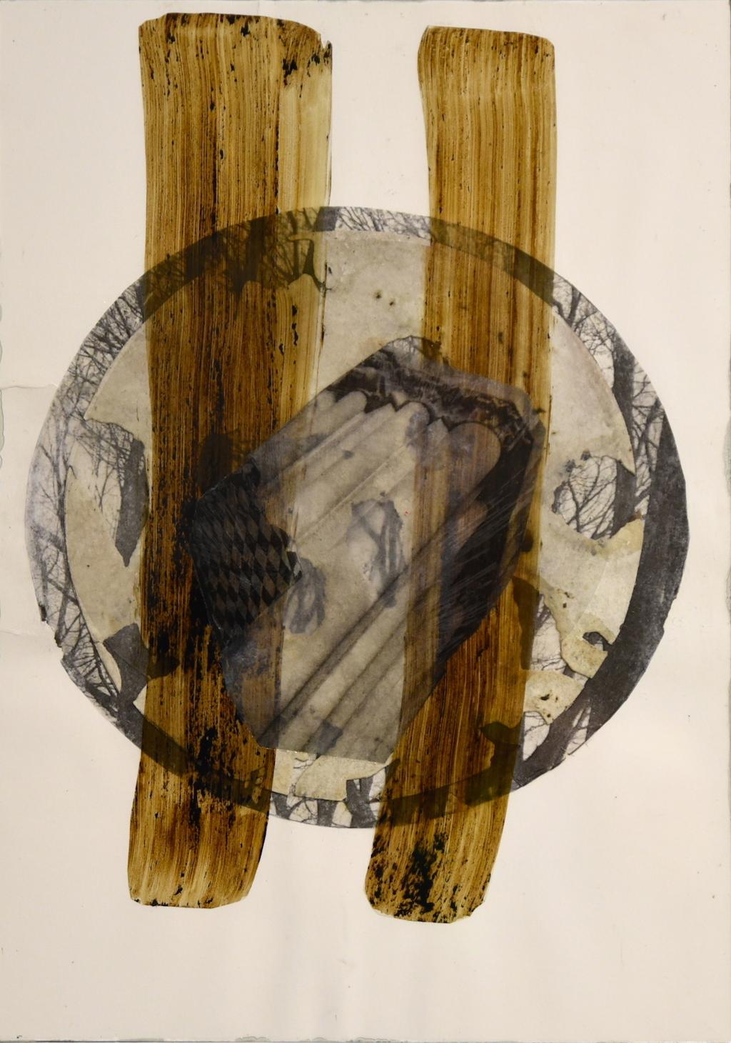 NUEVA CASA PARA SIMÓN DEL DESIERTO \nT. Mixta /Papel y cristal. 35 x 25 cm.