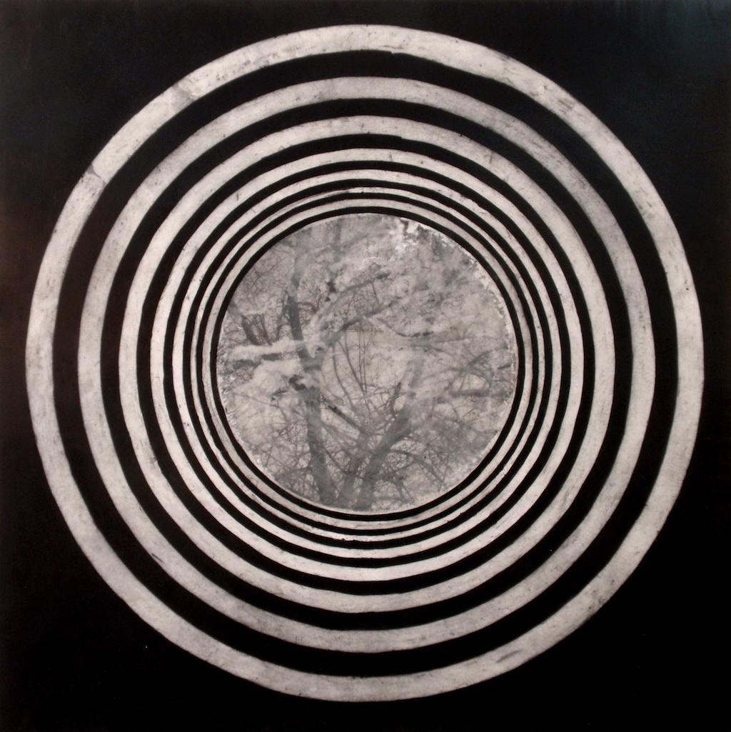 PASEO CIRCULAR II T. mixta / Tela sobre madera 100 x 100 cms.